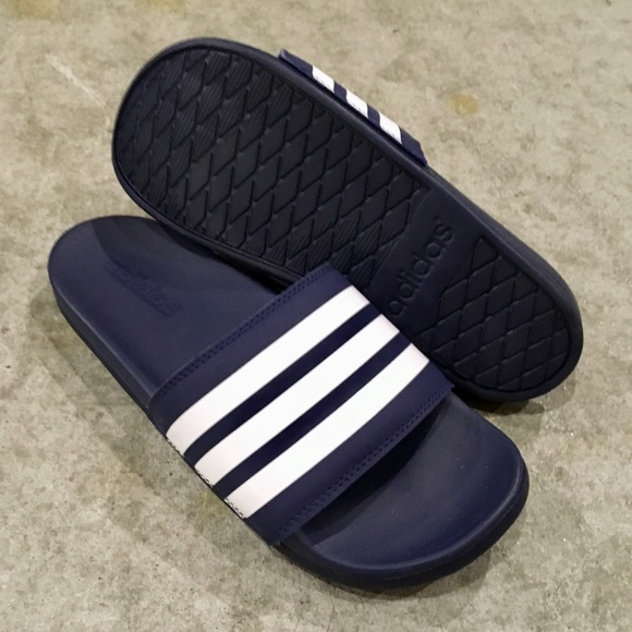 timeless design 1f8e5 2a515 WMNS NAVY ADIDAS ADILETTE CLOUDFOAM STRIPES SLIDE